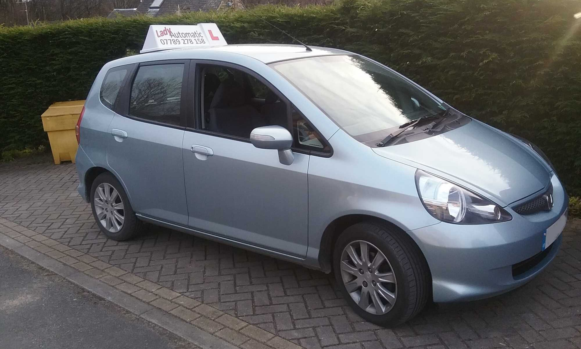 lady-automatic-annita-school-of-motoring-car-three-huddersfield